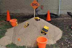 More from Design Dazzle construction party.  Dig for treasures in the sand.  Sounds fun to me!