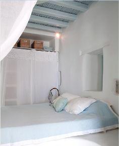 Unpretentious simplicity, Residence in Mykonos
