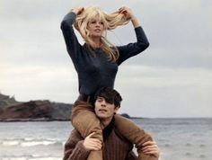 Laurent Terzieff  and Brigitte Bardot  in  A Coeur Joie