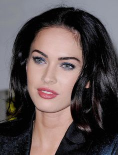 Discover a lot of photos about Everyday makeup for brunettes, a service that helps you discover and save photos of the best ideas Megan Fox Images, Megan Fox Photos, Megan Fox News, Megan Denise Fox, Brunette Blue Eyes, Brunette Makeup, Cute Beauty, Beauty Full Girl, Beauty Stuff