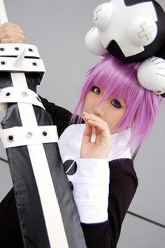 Soul eater cosplay. The ragnarok is so realistic!