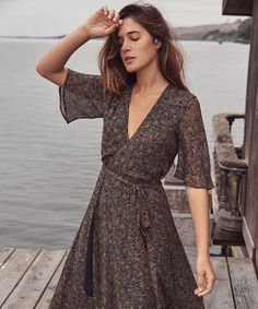 The Bluebell Dress in Night Medallions Source by Christy__Dawn dresses night Women's Dresses, Best Prom Dresses, Types Of Dresses, Casual Dresses, Fashion Dresses, Summer Dresses, Poses, I Dress, Dress Night