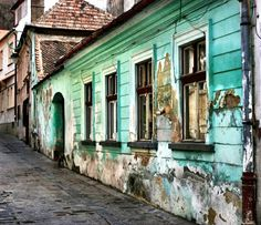 Brasov and the colored house