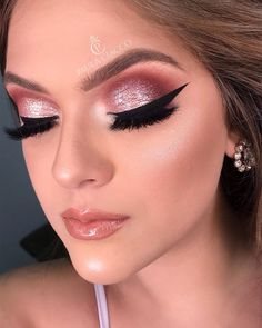40 hottest smokey eye makeup ideas 2020 & smokey eye tutorials for beginners 48 Makeup Jobs, Makeup 101, Prom Makeup, Makeup Inspo, Wedding Makeup, Makeup Inspiration, Hair Makeup, Makeup Ideas, Makeup Tutorials