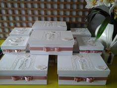 Lembrancinhas para padrinhos de casamento, daminhas e pajens produzidas por Mônica Guedes