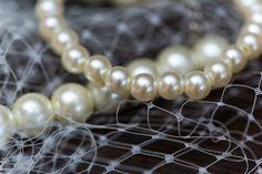 Bride detail - Pearls and veil