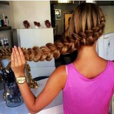 Caramel hair backwards braids summer hair ideas cute girl pink