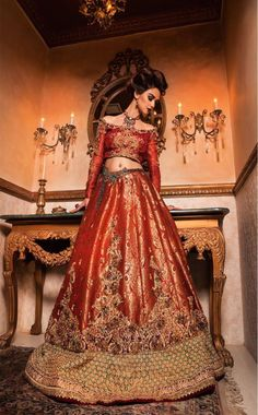 Gorgeous outfit by designer Nilofer Shahid - Pakistan