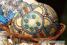 Romanian Easter Traditions - Painted Eggs Copyright Dinu Lazar - www. Egg Rock, Egg Shell Art, Carved Eggs, Ukrainian Easter Eggs, Egg Designs, Egg Crafts, Easter Traditions, Easter Celebration, Egg Art