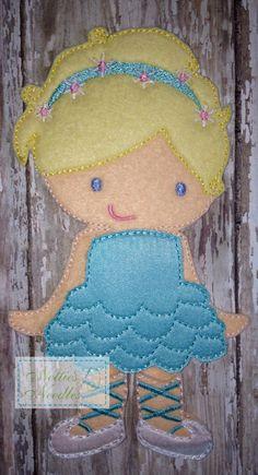 Prima Ballerina Felt Doll Ballet Outfit Set  by NettiesNeedlesToo, $14.00...dress up doll in felt