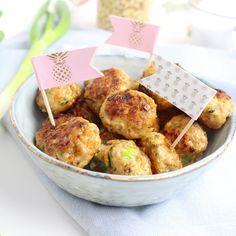 Kip gehaktballetjes uit de slowcooker Crock Pot Slow Cooker, Slow Cooker Recipes, Multicooker, Poultry, Potato Salad, Healthy Snacks, Yummy Food, Dinner, Breakfast