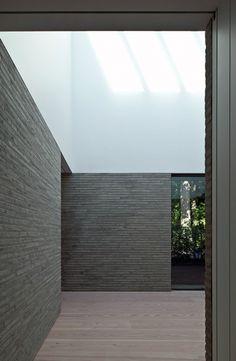 larameeee:  Interior courtyard - VM Residence by Vincent van Duysen.