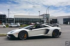 SV #lamborghini #supercars #luxury #cars #exoticcars #supercar http://buff.ly/1NoiEO9