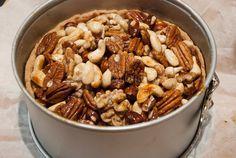 Appel-notentaart van La Place - Keuken♥Liefde Cereal, Food And Drink, Breakfast, Desserts, Pie, Morning Coffee, Deserts, Dessert, Postres