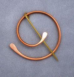 Penannular spiral by KelpticFest, via Flickr Por KelpticFest