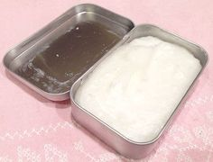 """Be nice to your skin! Make your own coconut oil & olive oil """"mash"""" moisturizer."""
