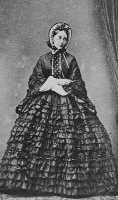 Olga of Württemberg (1863) - Category:1863 portrait photographs - Wikimedia Commons