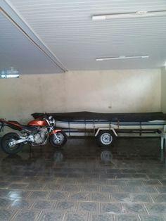 Motos e barco ótima dupla Hornet laranja