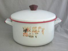 Vintage Red And White #EnamelPot With Lid and Original Sticker
