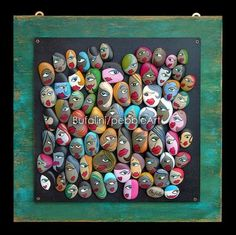 Pebble Art in art with Recycled Art Paint Frame Pebble Painting, Pebble Art, Stone Painting, Jewellery Design Images, Painted Rocks, Hand Painted, Art Pierre, Homemade Art, Rock Artists