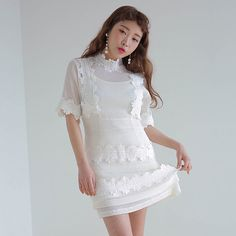 17 Korea chic simple and elegant round neck short sleeve collar lace lace stitching in the paragraph dress female