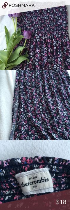Abercrombie kids maxi dress Gently used, small slit on each side. 3ft 4in long. abercrombie kids Dresses Casual