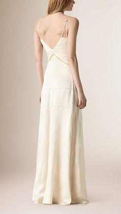 Branco Vestido longo de seda com cintura império - Imagem 2