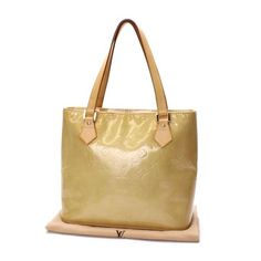 Louis Vuitton Houston Monogram Vernis Shoulder bags Beige Patent Leather M91004