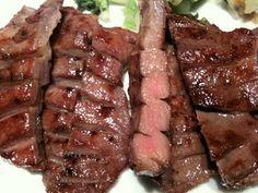 牛たん炭焼き 利久 赤坂店。柔らかい牛たんは美味!