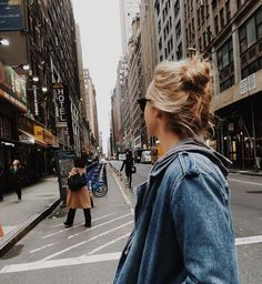 Pin by daryn kate on city life fotografie, călătorii, inspirație. Wanderlust, Foto Pose, I Want To Travel, To Infinity And Beyond, New People, Adventure Travel, Cute Pictures, Travel Photography, Edgy Photography