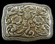 Antique Western Cowboy Cowgirl Ranch Flower Belt Buckle Buckles #flower #flowerpower #flowerbuckle #flowerbeltbuckles #buckles #floral #beltbckles Rodeo Belt Buckles, Cool Belt Buckles, Cowgirl Belts, Western Belts, Cowboy And Cowgirl, Country Girl Life, Country Girls, Flower Power, Westerns