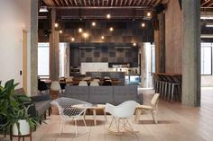 This creative workspace by DeBartolo Architects for VSCO is a wonderful juxtaposition of industrial meets mid century. The explanation of the architect Workspace Inspiration, Interior Design Inspiration, Home Decor Inspiration, Cool Office Space, Office Spaces, Public Spaces, Retail Interior, Office Interiors, Contemporary Interior