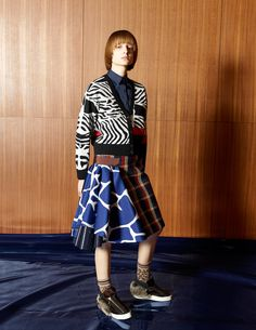 See the complete Kolor Fall 2016 Ready-to-Wear collection.