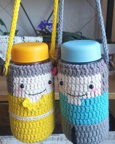 """좋아요 25개, 댓글 3개 - Instagram의 손뜨개/crochet - 홀리가든(@anjs2004)님: """"아들 줄려고 산 미니 보틀^^ 외롭지 않게 ^^소년,소녀 #뜨개보틀 #보틀커버 #보틀파우치 #물병 #아들맘 #crochetlove #crochetaddict #knitting…"""""""