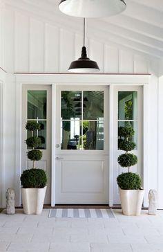 55 Ideas Modern Front Door Entrance Entry Ways Porch Doors, Front Door Entrance, Exterior Front Doors, House Doors, Front Door Lighting, Cottage Front Doors, House Entrance, Doorway, Entrance Design