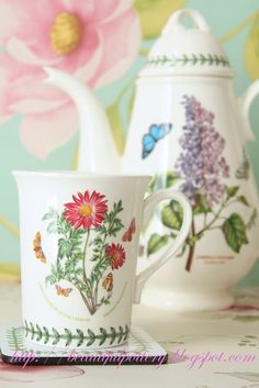 Shade Garden Flowers And Decor Ideas Portmeirion Lilac And Chrysanthemum Portmeirion Pottery, Portmeirion China, China Patterns, Chrysanthemum, Accent Pieces, Botanical Gardens, Spring, Wild Flowers, Tea Party