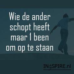 Ingezonden quotevan Syl Ontdek nog meer leuke Nederlandse spreuken over humor. Deze selectie van grappige citaten en humoristische oneliners inspireren de geest en het hart. De spreuken zorgen voor momentjes om te ontstressen en geven een glimlach voor elke dag. Waardeer jij deze spreuk? Deel dit met plezier en inspireer anderen. Leuk als spreuk van …