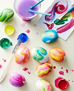 Color swirls: This decorating technique is easy enough for kids to lead the way. More Easter decorating ideas: http://www.midwestliving.com/holidays/easter/easy-easter-decorations/?page=0