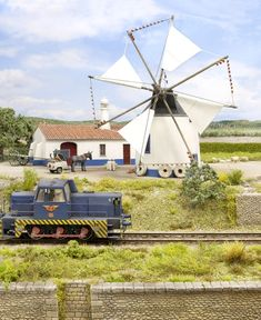 Moulin/Moinho Serpa | MSA-MODELISME Diorama, Models, Le Moulin, Model Trains, Windmill, Locomotive, Miniatures, Training, Table Decorations
