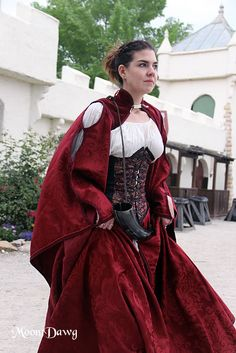 "Scarborough Renaissance Festival TX (this is the red version of the ""Mega"" gown, by Renaissance Mode, Renaissance Costume, Renaissance Clothing, Renaissance Fashion, Renaissance Outfits, Medieval Costume, Historical Costume, Historical Clothing, Cool Costumes"