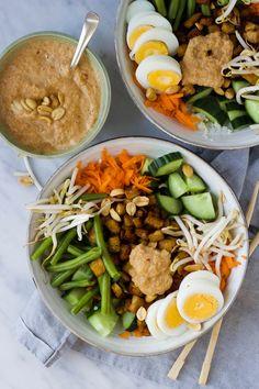 Veg Recipes, Asian Recipes, Vegetarian Recipes, Cooking Recipes, Healthy Recipes, Tempeh, Gado Gado, Healty Lunches, Food Porn