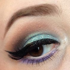 Using all @makeupgeek shadows. @ardell 118 lashes. @urbandecay glitter liner in distortion.