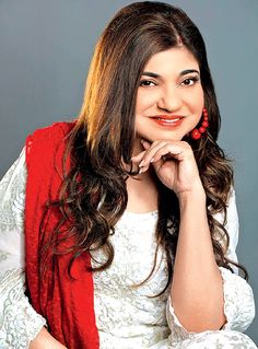 Singer Alka Yagnik #Bollywood #Fashion #Style