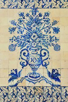 COIMBRA - Portugal Universidade, Azulejos, portuguese tiles