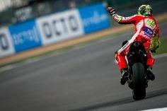 Hasil FP2 MotoGP Inggris 2016, Iannone Keluar Sebagai Pembalap Tercepat - http://www.rancahpost.co.id/20160960677/hasil-fp2-motogp-inggris-2016-iannone-keluar-sebagai-pembalap-tercepat/