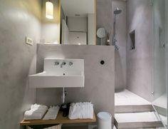 Baño de estilo minimalista