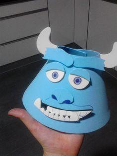Sulley hat (monsters birthday party) Gorro de Sulley para fiesta de cumpleaños