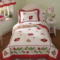 Liven up your little one's bed with the enchanting Lady Bug Yard Quilt Set. Adorned with red and black lady bugs among the green leaves and flowers, the bedding is a loveable addition to any little girl's bedroom. Twin Quilt, Quilt Bedding, Sheets Bedding, Ladybug Room, Ladybug Decor, Girls Bedroom, Bedroom Decor, Bedroom Ideas, Bedrooms