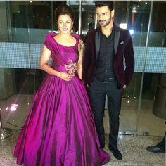 Wowwwww she is slaying in this gown for Mumbai Reception Party😍😍😍😍😍😍😍🙈🙈🙈🙈🙈 . . . @divyankatripathi @vivekdahiya08 (#babydivz#vivek#yhm#yehhaimohabbatein#love#beautiful#marvellous#acting#serial#starplus#indianserial#ishita#ishima#jhansikirani#Divyanka#DivyankaTripathi#divek)