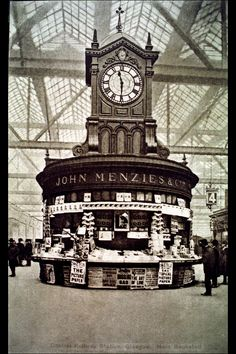 Menzies in Central Station